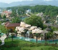 一万泉旅游度假村