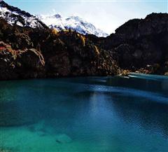 喀纳斯黑湖