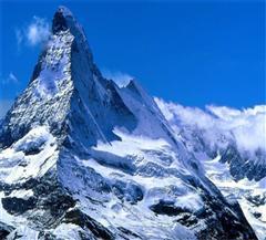 天山天池博格达峰