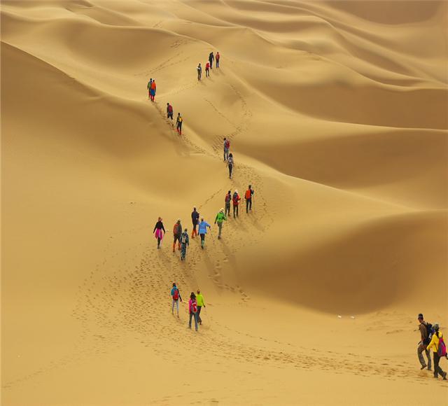 [吐鲁番葡萄沟-火焰山-坎儿井-库姆塔格沙漠纯玩1日]3-10月精品小车团|1人也可出行|深度游玩