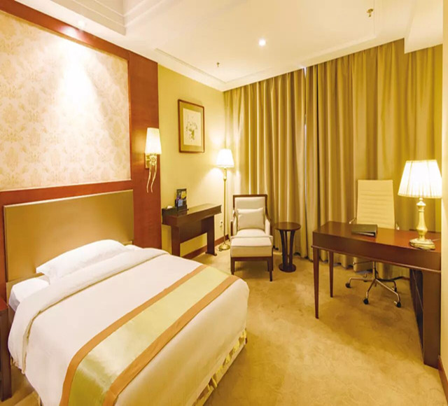 石河子恒和华星酒店高级大床房