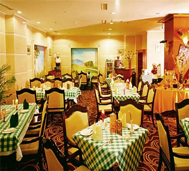 克拉玛依正天华厦大酒店
