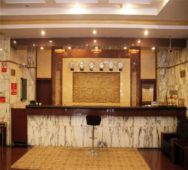 烏魯木齊旺德福大酒店大廳