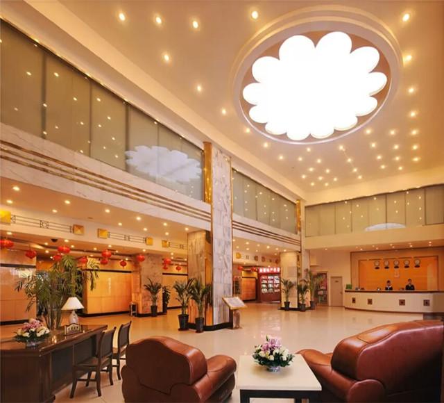 乌鲁木齐金谷大酒店大厅