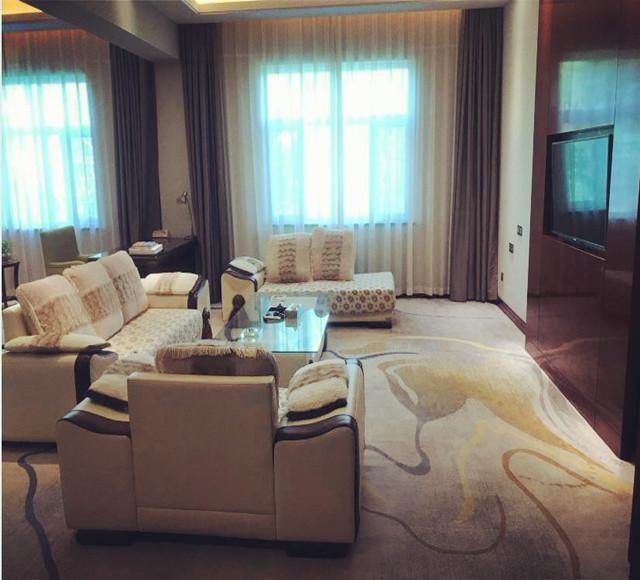 哈密加格达宾馆贵宾楼商务小套房1