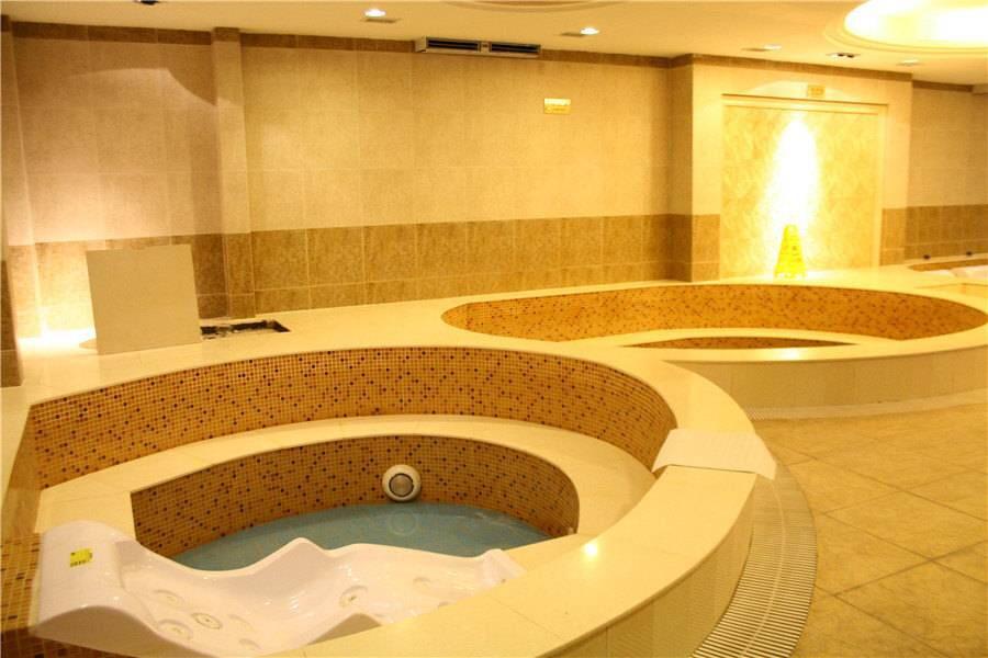哈密巴里坤蒲类海酒店健身娱乐设施2