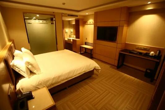 乌鲁木齐孔雀都城酒店(原孔雀大厦)高级商务大床房