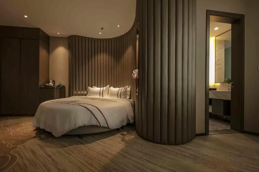 乌鲁木齐玄圃酒店至尊圆床房