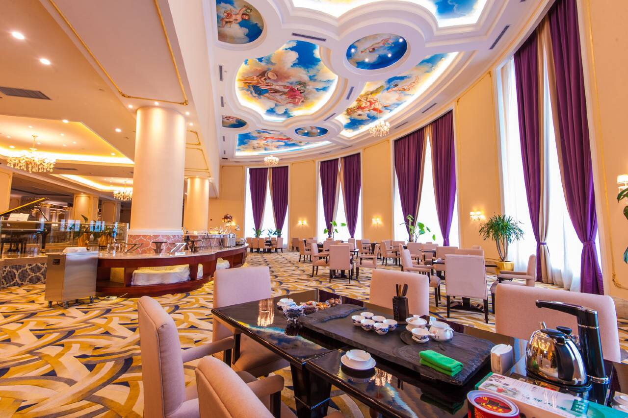 哈密红星建国饭店餐厅3