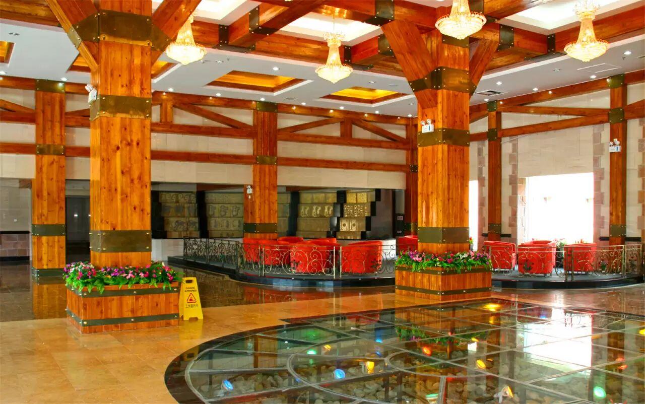 賈登峪城堡酒店大廳