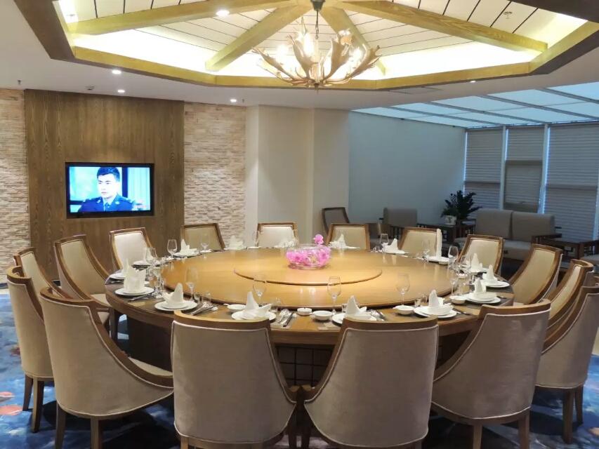 昌吉华东·容锦国际酒店餐厅