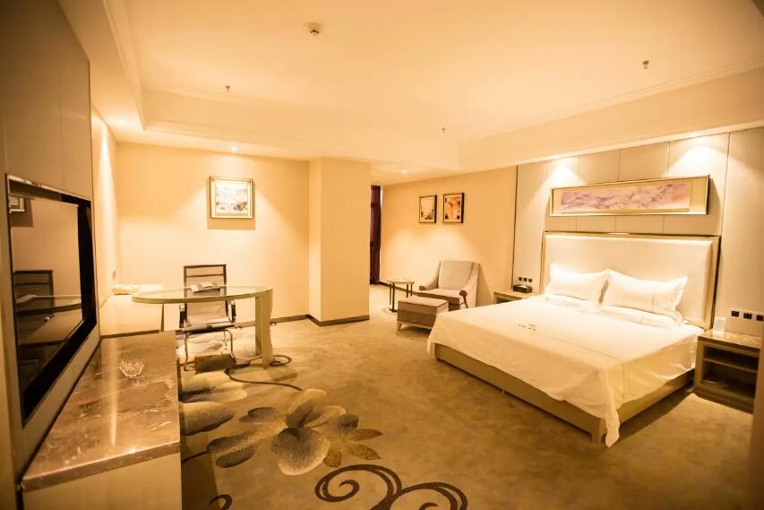 昌吉华东·容锦国际酒店精品大床房