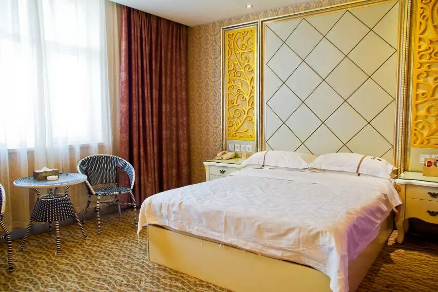 乌鲁木齐红宝石大酒店豪华单人间