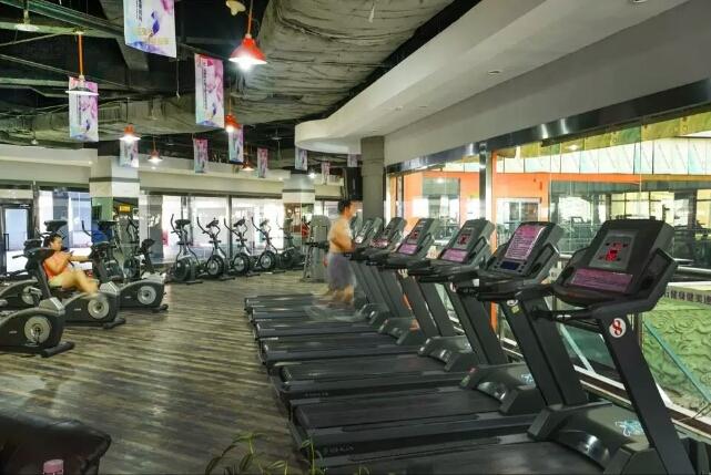 乌鲁木齐博斯腾大酒店健身房