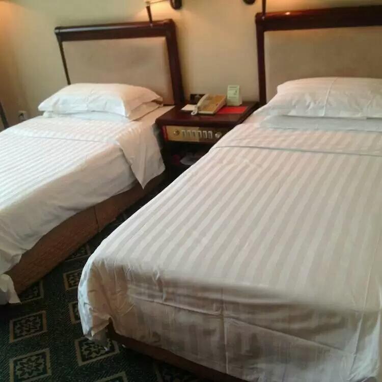 喀什塔里木石油酒店标准间