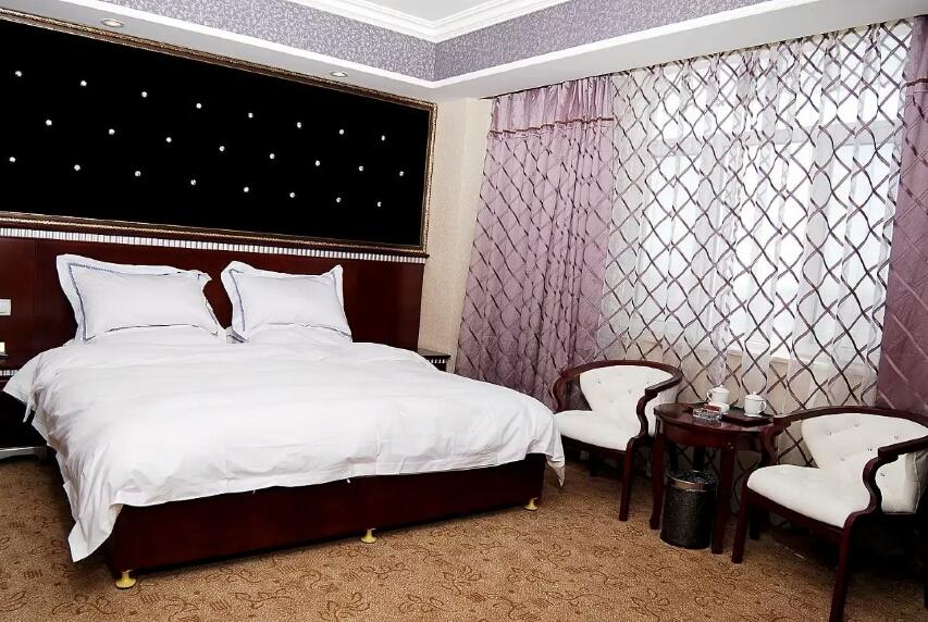 喀什西域假日酒店行政套房