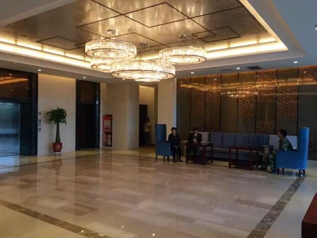 喀什航空酒店大厅