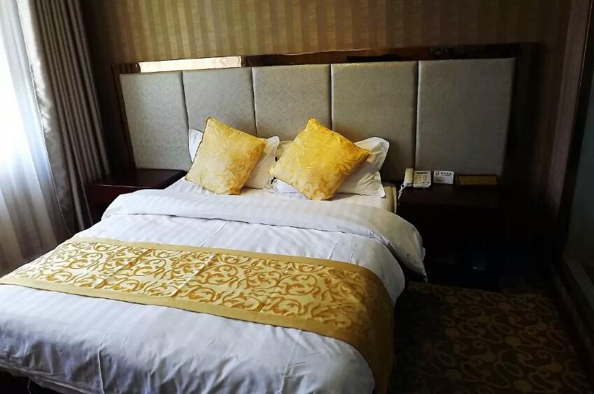 喀什江苏大酒店商务大床房