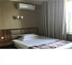 布尔津津汇商务酒店标准单人房