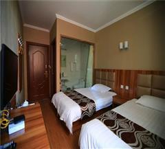 布尔津津汇商务酒店标准双人房
