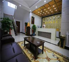 布尔津津汇商务酒店大厅