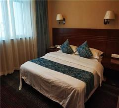 布尔津喀纳斯旅游酒店大床房