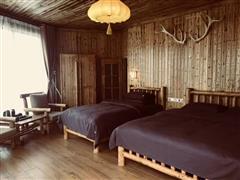 贾登峪白桦林度假酒店星空野奢帐篷房