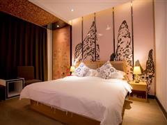星程酒店(哈密火车站店)高级大床房1