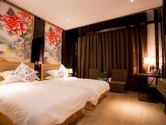 星程酒店(哈密火车站店)高级双床房1
