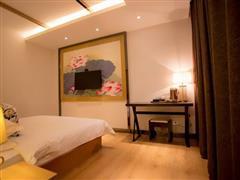 星程酒店(哈密火车站店)豪华大床房1