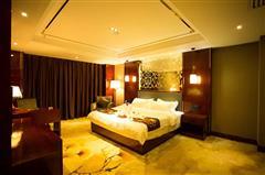 湘溢海川国际酒店行政套房