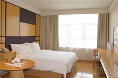 全季酒店豪华大床房