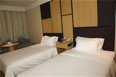全季酒店双床房