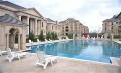 乌鲁木齐绿城百合会所游泳池