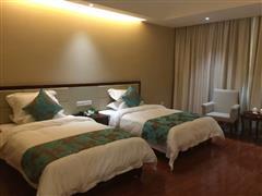 喀什航空酒店豪华双床房